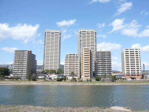 武庫川沿いのマンション♪