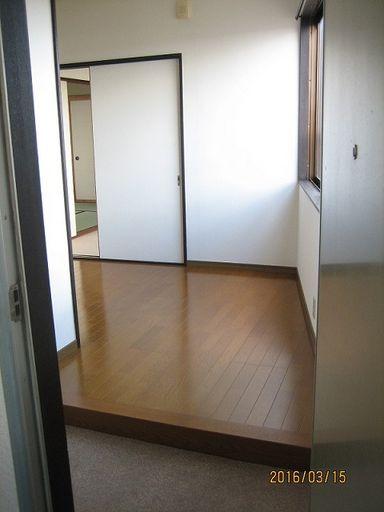 室内A 玄関より
