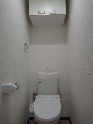 収納付シャワートイレ