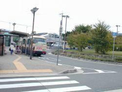 駅前バス停