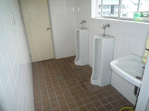 2Fに共同トイレあり