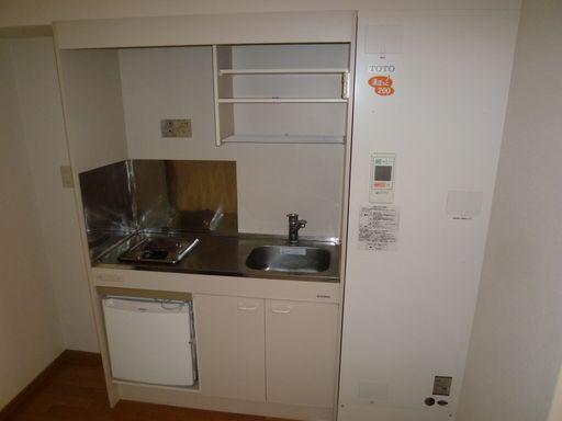 冷蔵庫付きミニキッチン(202号写真)