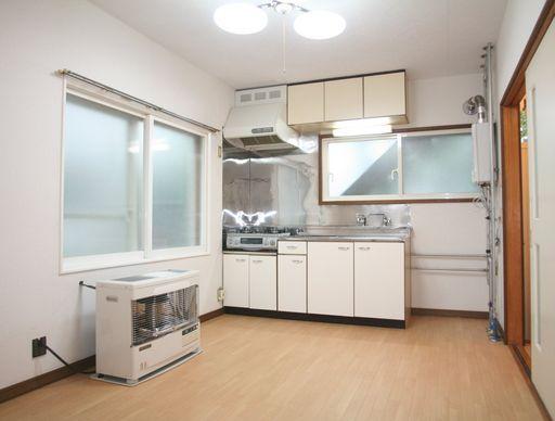 キッチン(ガスコンロ付)
