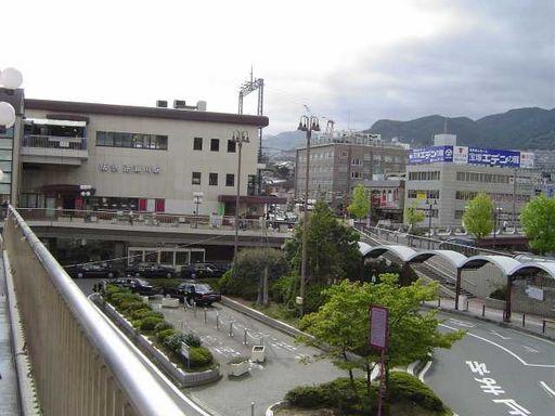 逆瀬川駅東口♪