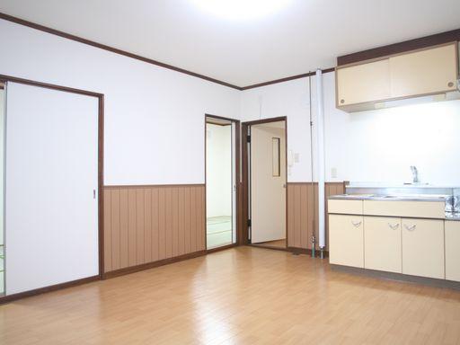 居間~キッチン