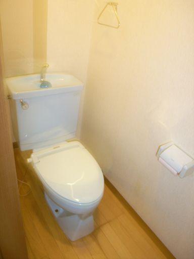 トイレは2ヶ所あります
