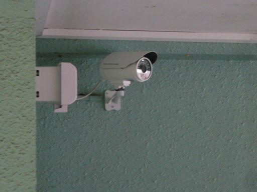 共用部に防犯カメラ2台設置
