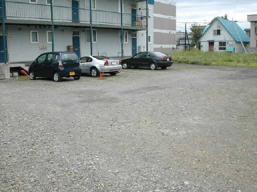 駐車場です割りと広いです