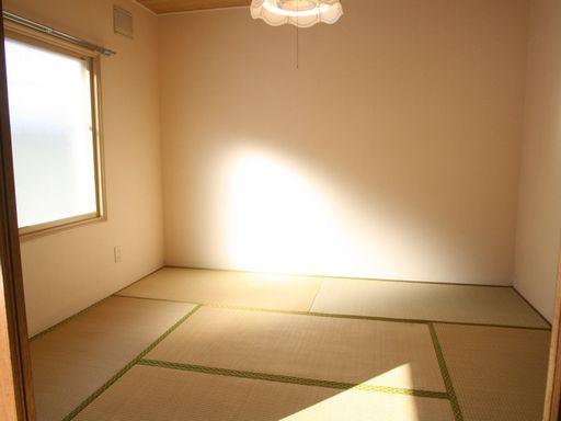 和室5.25帖(照明・収納付)