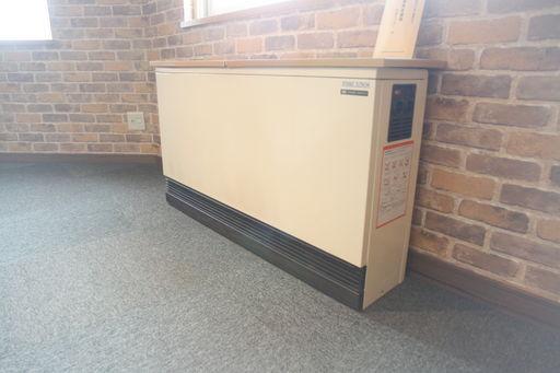 電気式蓄熱暖房