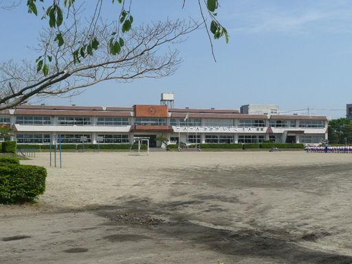 大原間小学校 2300m