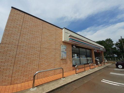 上越市子安 セブンイレブン上越子安店 95m