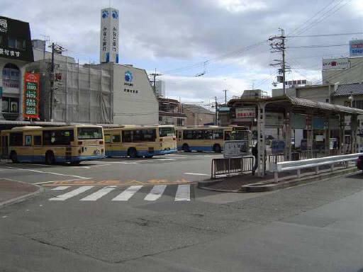 西口バス乗り場!