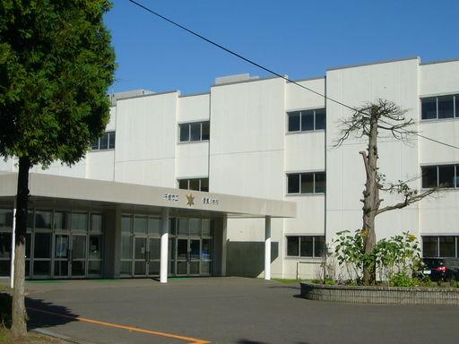 信濃小学校 630m