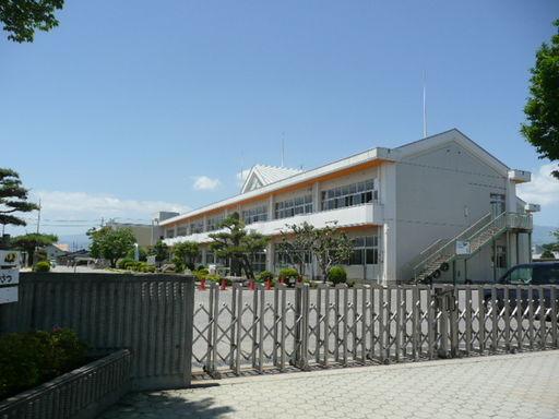 埼玉小学校 2605m